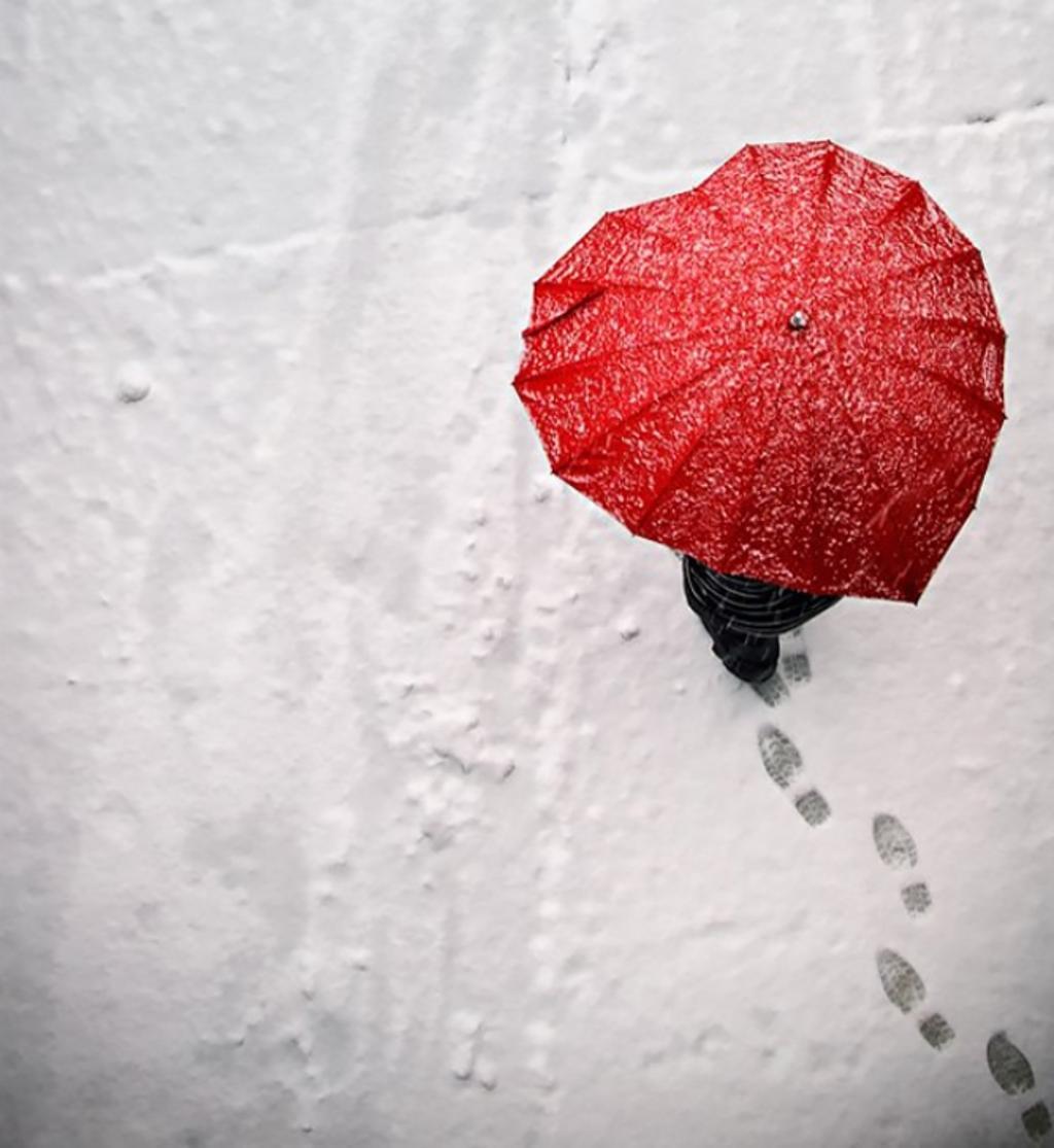 payung unik berbentuk hati